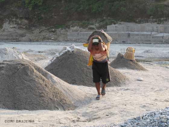 ネパール砂利採取場